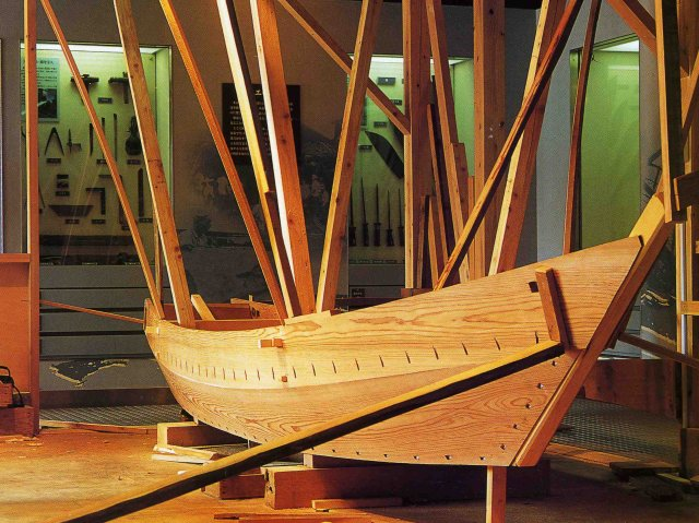 Bow of boat being carvel planked at Northwest School of Wooden ...