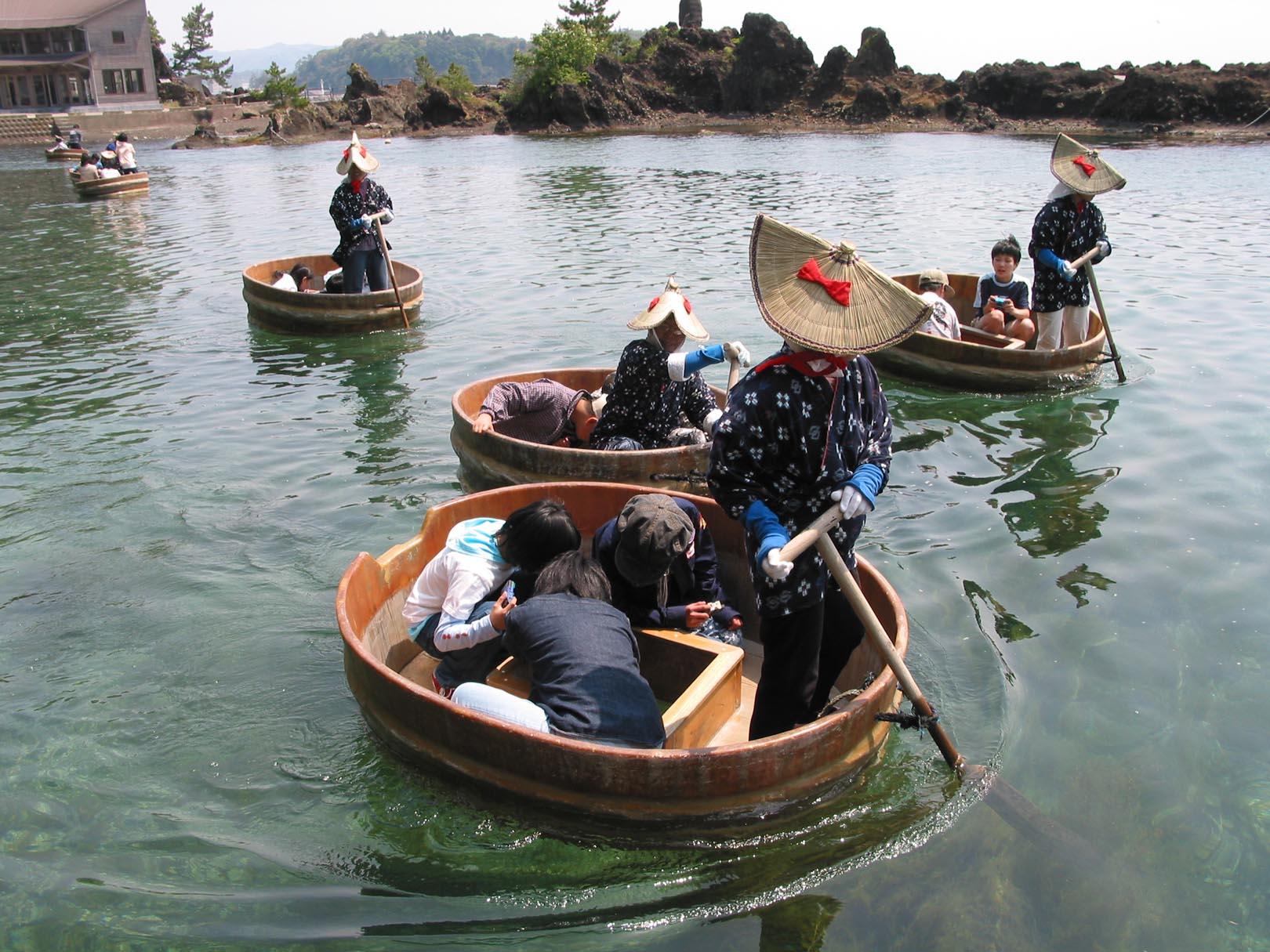 Douglas brooks boatbuilder japanese boats taraibune for Japanese fishing boat